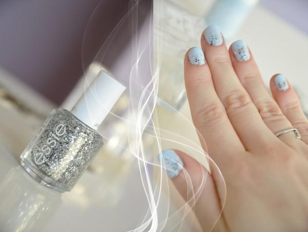 alittleb_blog_beaute_vernis_modelown_essie_blueberry_muffin_bleu_pastel_givres_nails.jpg