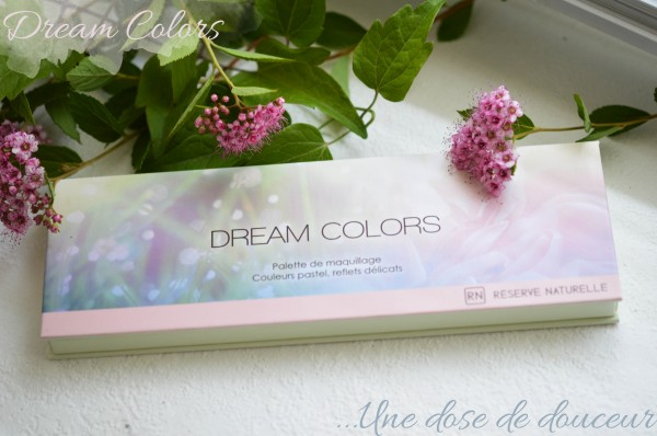 ALITTLEB_BLOG_BEAUTE_RESERVE_NATURELLE_DREAM_COLORS_ET_SES_MAKEUPS_EN _ATTENDANT_LES_COCKTAILS_ON_SE_FAIT_UN_LOOK_VITAMINE_ZOOM_PALETTE_PACKAGING