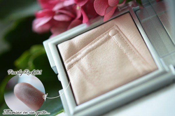 ALITTLEB-Blog-beauté-routine-teint-estivale-2014-Lumière-et-peau-halée-sephora-erborian-kiko-sleek-les-produits-HIGHLIGHTER_PEARLY_ROCK_KIKO-swatch