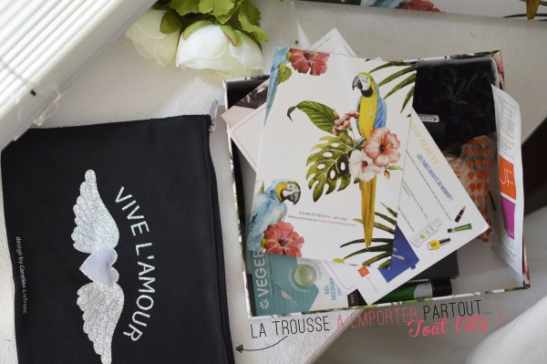 ALITTLEB_BLOG_BEAUTE_MY_SWEETIE_BOX_JUIN_2015_SOUND_OF_BEAUTY_A_LHEURE_DETE_TROUSSE_CAROLINE_LISFRANC
