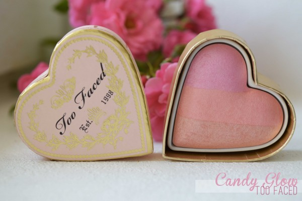 ALITTLEB_BLOG_BEAUTE_LES_5_BLUSHS_QUI_VONT_ACCOMPAGNER_MON_ETE_SELECTION_TOO_FACED_SWEETHEART_BLUSH_CANDY_GLOW_PACKAGING