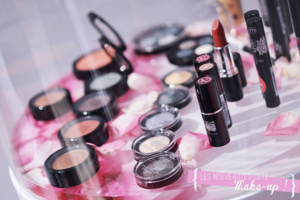 ALITTLEB_BLOG_BEAUTE_LAVERA_SHOWFLOOR_BERLIN_JUILLET_2015_DANS_LES_COULISSES_DANS_LES_TRACES_DE_MON_VOYAGE_A_BERLIN_ARRIVEE_SHOWFLOOR_POP_UP_STORE_BAR_POP_UP_STORE_NOUVEAUTES_MAKEUP_A_VENIR