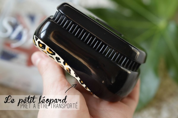 ALITTLEB_BLOG_BEAUTE_HEADBAND_FR_TANGLE_TEEZER_LA_PETITE_BROSSE_REVOLUTIONNAIRE_A_LA_HAUTEUR_DE-_SA_REPUTATION_FACILE_TRANSPORT_REFERMEE