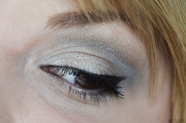 ALITTLEB-BLOG-BEAUTE-TOTAL-LOOK-LIGHT-SMOKY-A-PRIX-MINI-AVEC-ADOPT-ZOOM-MAKEUP