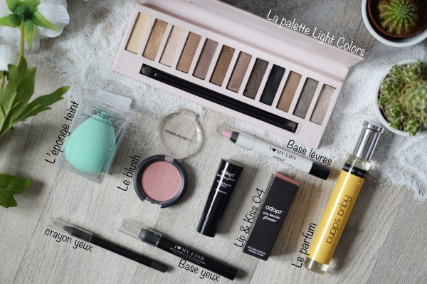 ALITTLEB-BLOG-BEAUTE-TOTAL-LOOK-LIGHT-SMOKY-A-PRIX-MINI-AVEC-ADOPT-ZOOM-MAKEUP-PRODUITS-ADOPT-EPONGE-BLUSH-LIP-AND-KISS