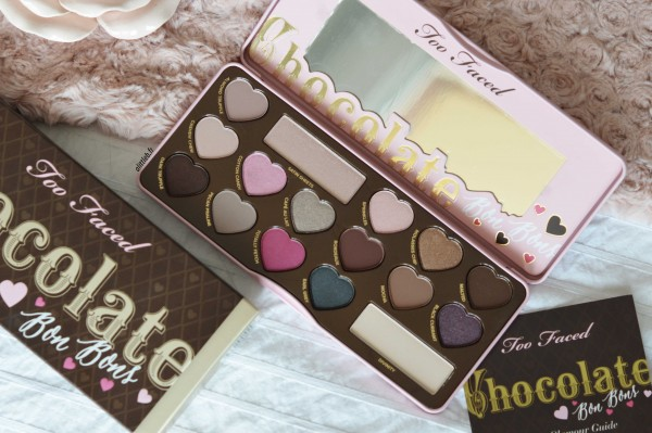 ALITTLEB_BLOG_BEAUTE_CHOCOLATE_BONBONS_LA_GOURMANDISE_NEST_PAS_UN_VILAIN_DEFAUT_PALETTE_TOO_FACED